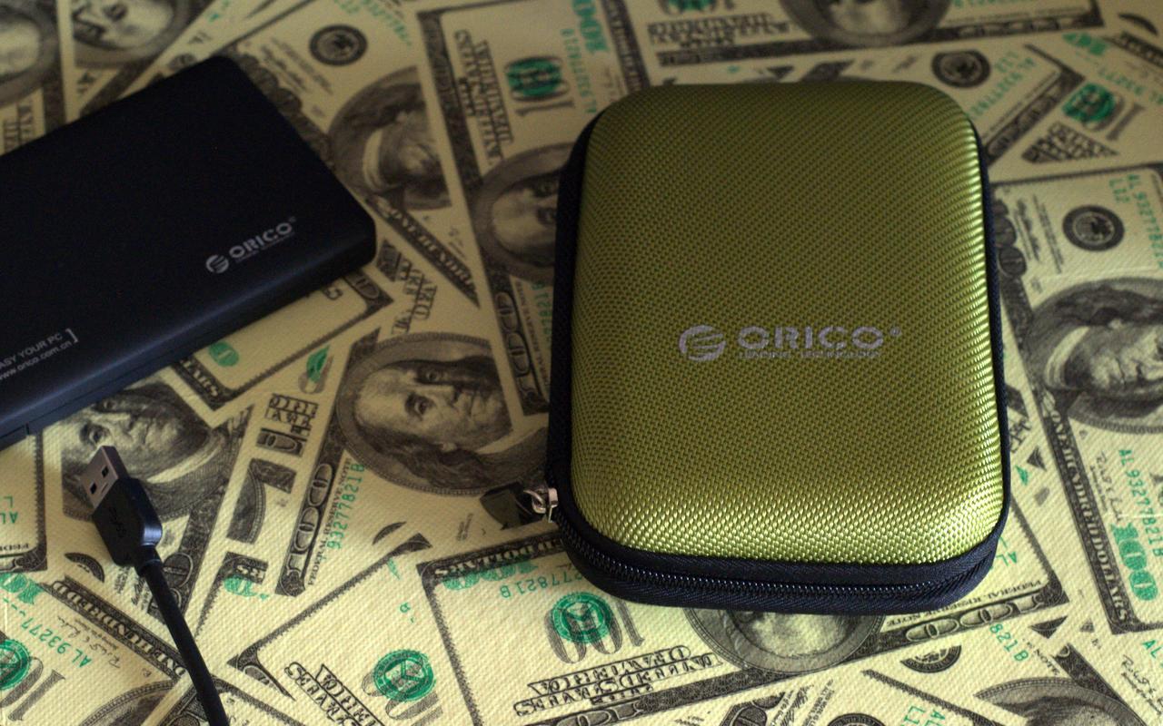 Фирменный кейс Orico для HDD